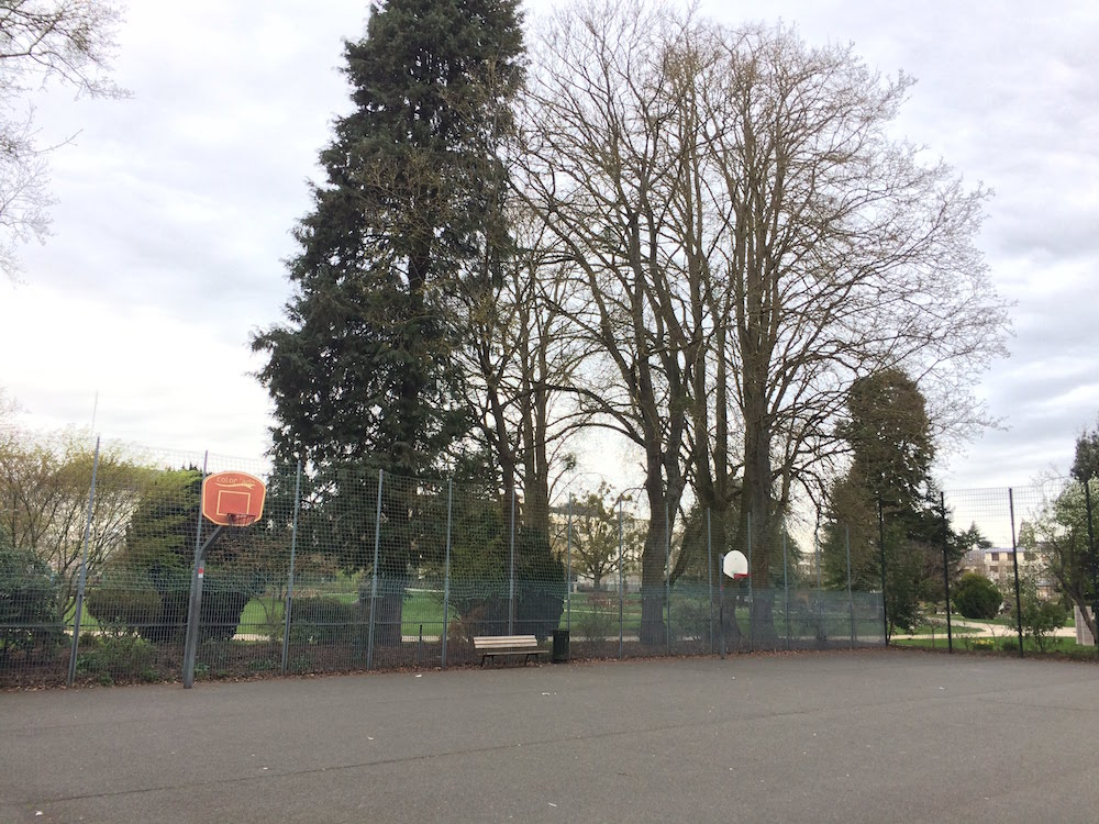 terrain de basket parc pasteur