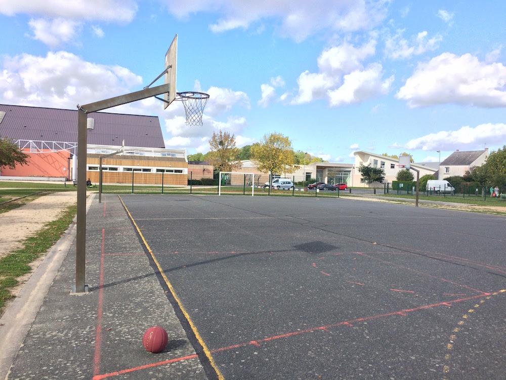 terrain de basket st pryvé